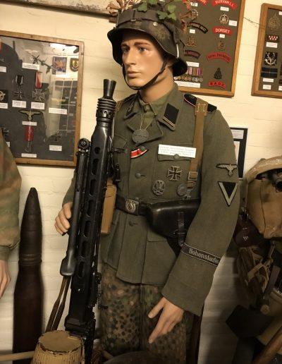Duitse SS soldaat 9e SS Panzer Division Hohenstaufen