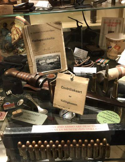Enkele Nederlandse voorwerpen uit 1940